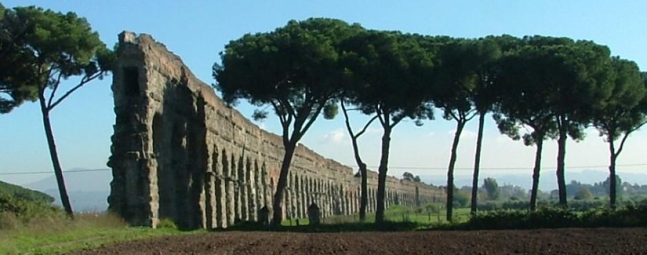 Un treno nella storia <br> Appia Antica station